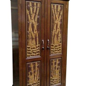 Almari Motif Bambu